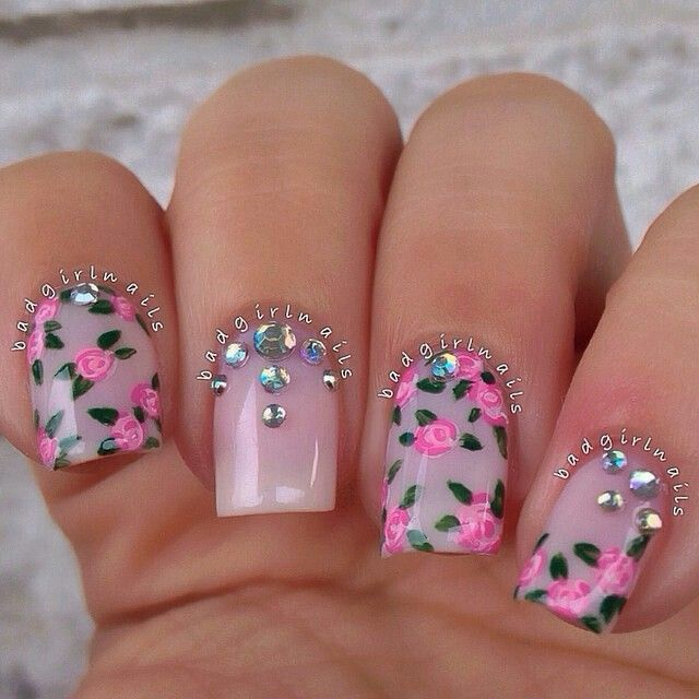 Pink floral roses and crystal nailart #nailart #nails #summer #pink #floral #roses #crystal