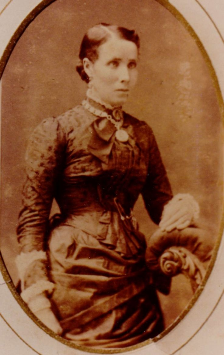 Isabella Maude Mary ( May) Mathews nee Brennan. Wife of Charlie Mathews & sister of Victoria Prudence Brennan who married James Hudson in 1893.