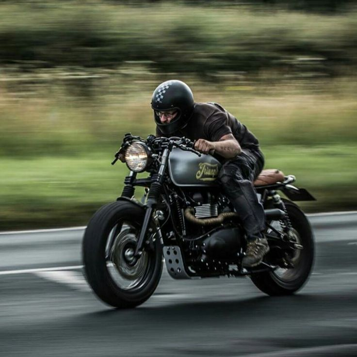 Triumph Custom Cafe racer