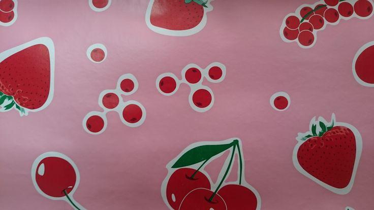 Aardbeien en kersen tafelzeil | VIA CANNELLA KINDERWINKEL | CUIJK | www.viacannella.nl