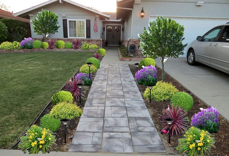 Best 25 sloped front yard ideas on pinterest sloped for Front yard ideas cheap