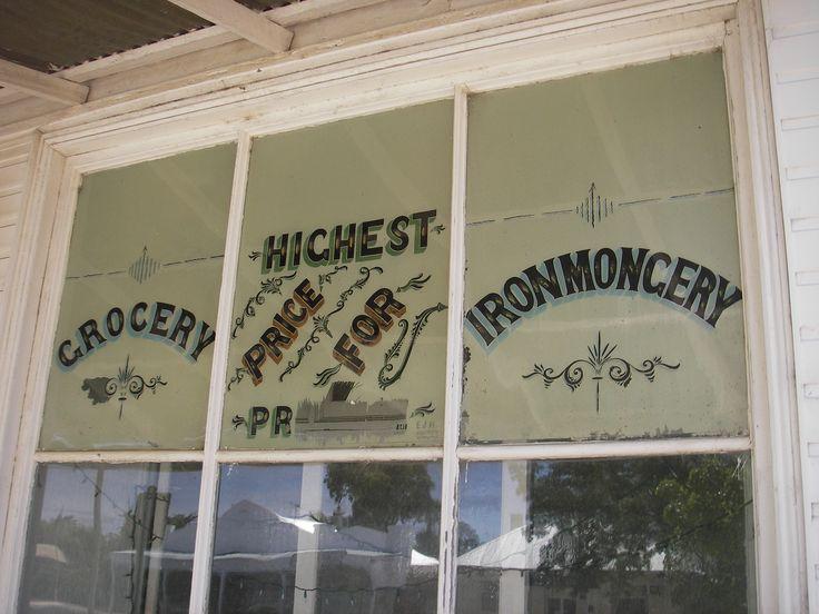Shop window, Goroke