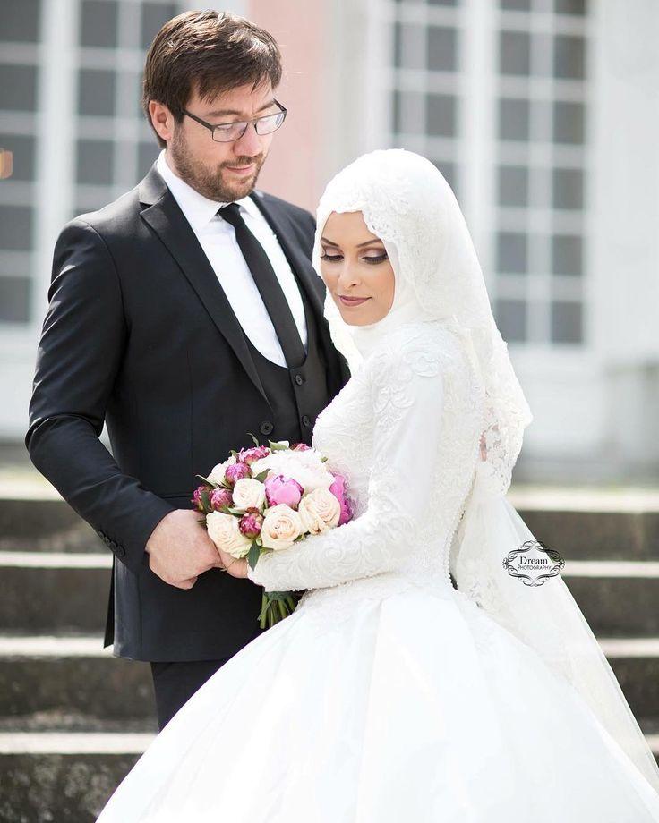 ��#photographer #photoshoot#photography#shooting#dream#dreamwedding4u #foryou#fotografie#bride#groom#wedding#memories#weddingphotographer#canon#love#nisan#dügüncekimi#cekim#resim#ask#weddingdress#weddings#weddingday#weddingplaner#weddingdress #gelinlikmodelleri#nisanlik#nisanlikmodelleri #nrw @makeup_turban_bybirsen http://gelinshop.com/ipost/1523463087427705255/?code=BUkbZs6jFmn