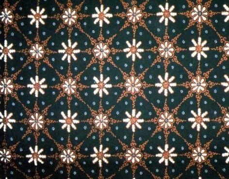 Makna Filosofi dan Cerita di Balik Berbagai Motif Batik   seri Truntum | Tentang Batik | Museum Batik