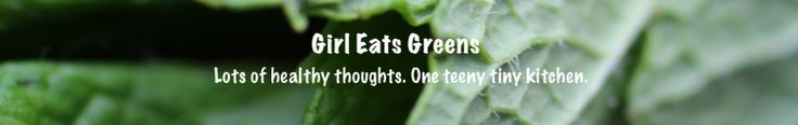 Very Berry Raw Pie {Guest Post by Sophia at Love & Lentils}   Girl Eats Greens
