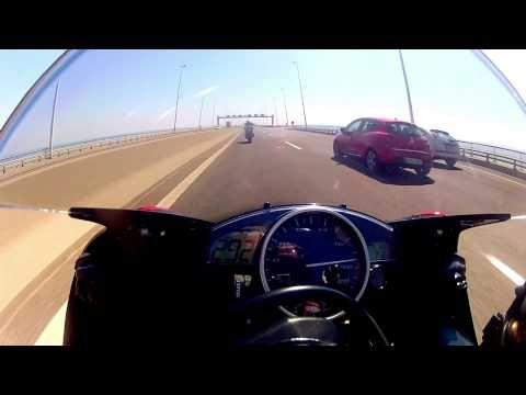 R1 vs R6 top speed