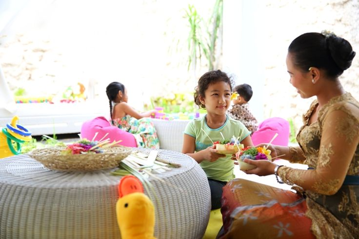 Balinese Offering Making - SAMABE - Kids Club