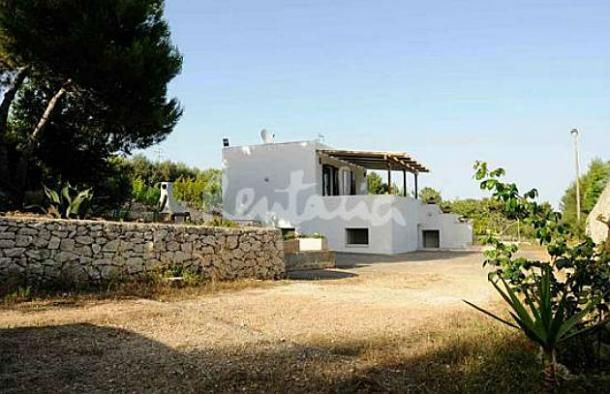 un'oasi di pace nel salento http://www.idealista.it/news/archivio/2013/08/01/088879-casa-week-end-villa-nel-verde-sul-mare-salento