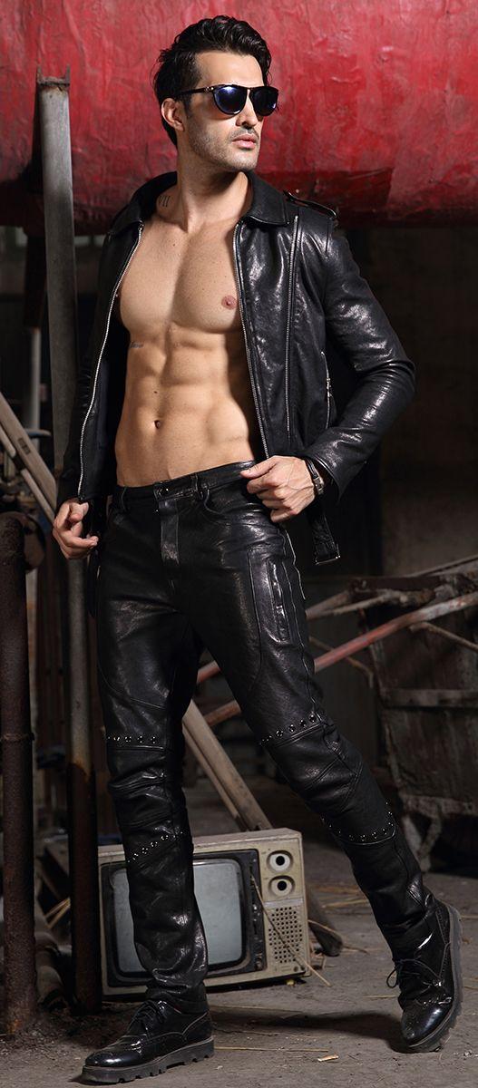 Black men in leather porn — photo 2