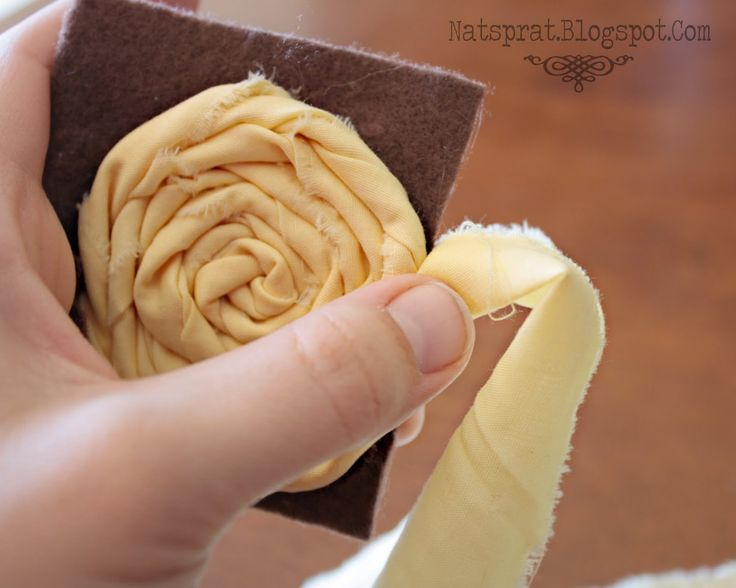 NatSprat: Rolled Fabric Rosette Headband Tutorial!!!