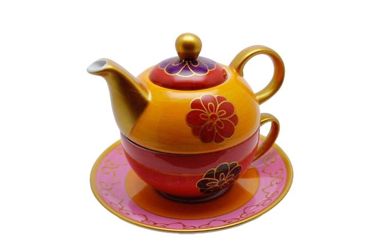 Tea for one Nabila: Per tea for one si intende una teiera e una tazza appilabili,quindi un set da tè per una persona. In questo caso il tea for one è realizzato in porcellana fine dipinta a mano. La teiera contiene 0.4 litri e la tazza 0.2 litri.  $49
