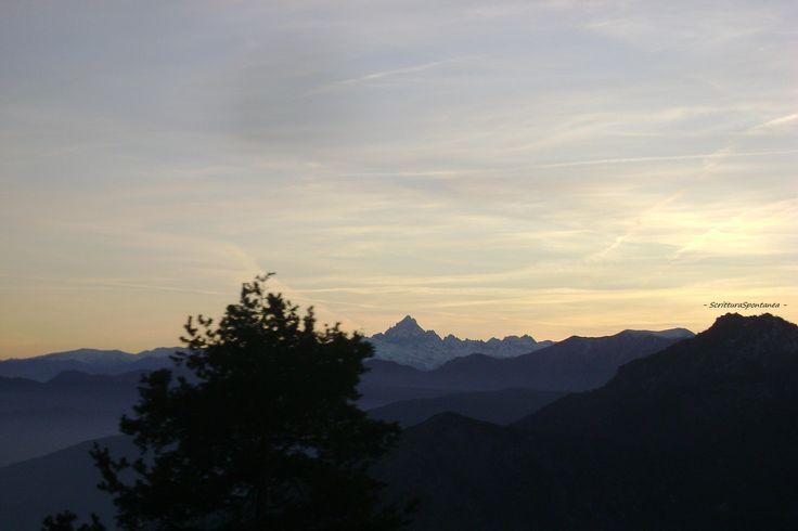 Col del Lys. Piemonte. Italia. ScritturaSpontanea