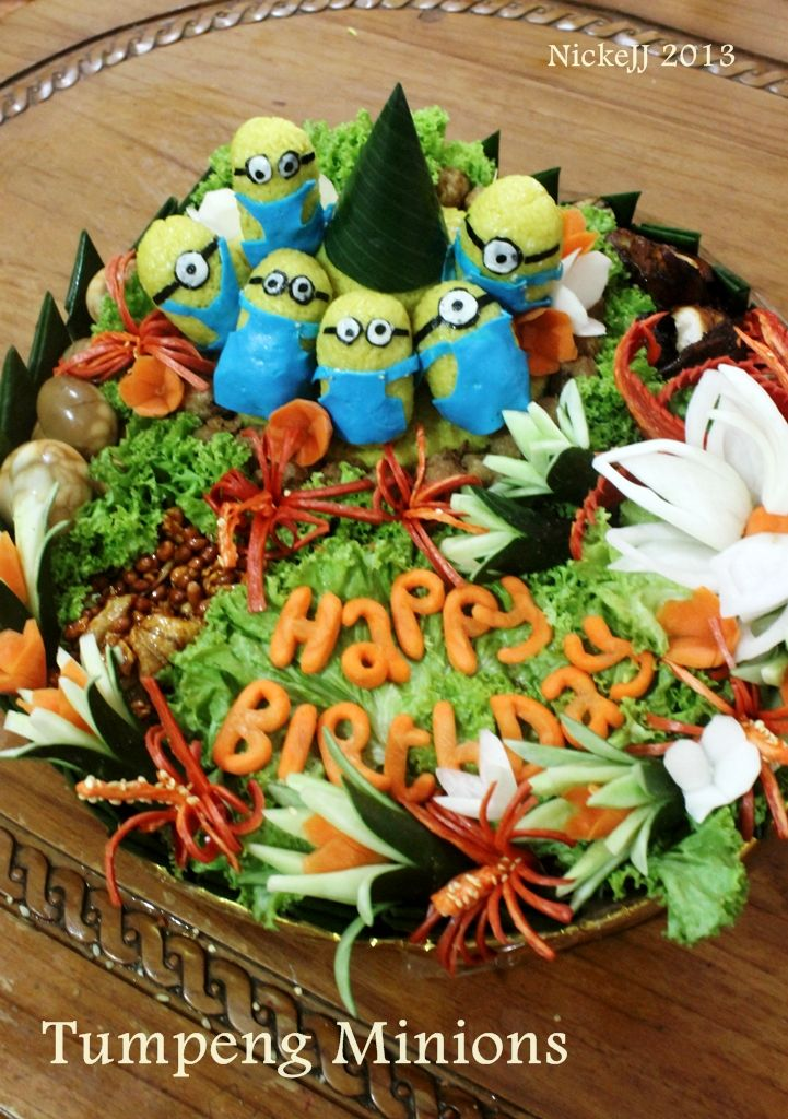 "Tumpeng with theme ""minions"", birthday party for boy"
