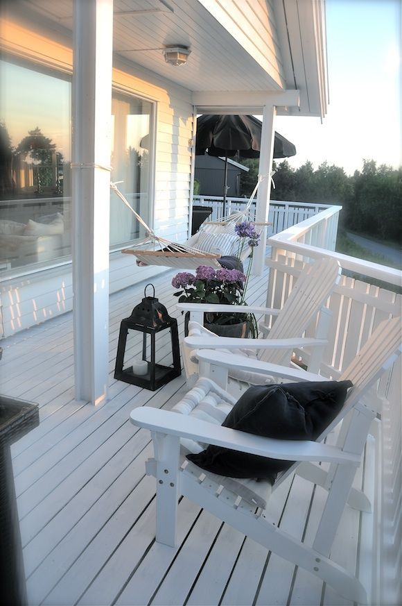 Nice porch to relax