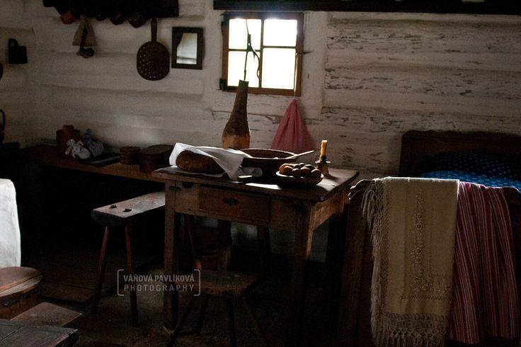 Main room in the cottage (Wallachian Open Air Museum, Rožnov pod Radhoštěm)