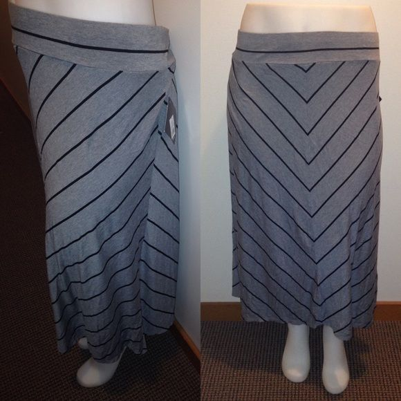 BOGO Super Cute Maxi Skirt Plus Size 4X NWT Grey and Black Chiffon Stripes ✨Buy one get one 50% off or more! Equal or lesser value✨ Skirts Maxi