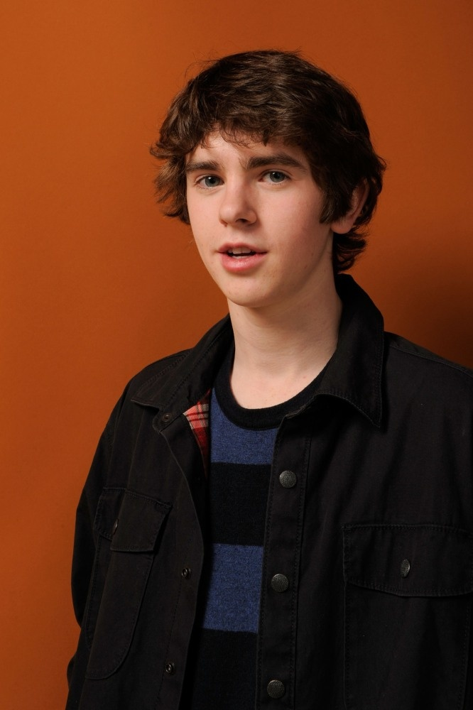 43 best Freddie Highmore images on Pinterest | Norman ...