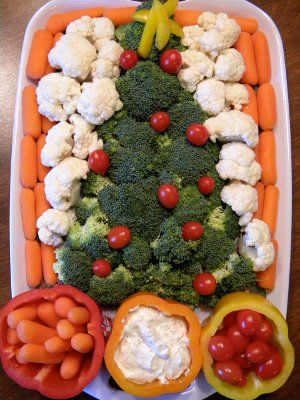 Christmas veggie tray - love the pepper cups for dip and veg