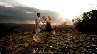 jay en lianie in a moment like this lyrics - YouTube