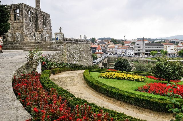historic Barcelos and medieval bridge over the Cávado River