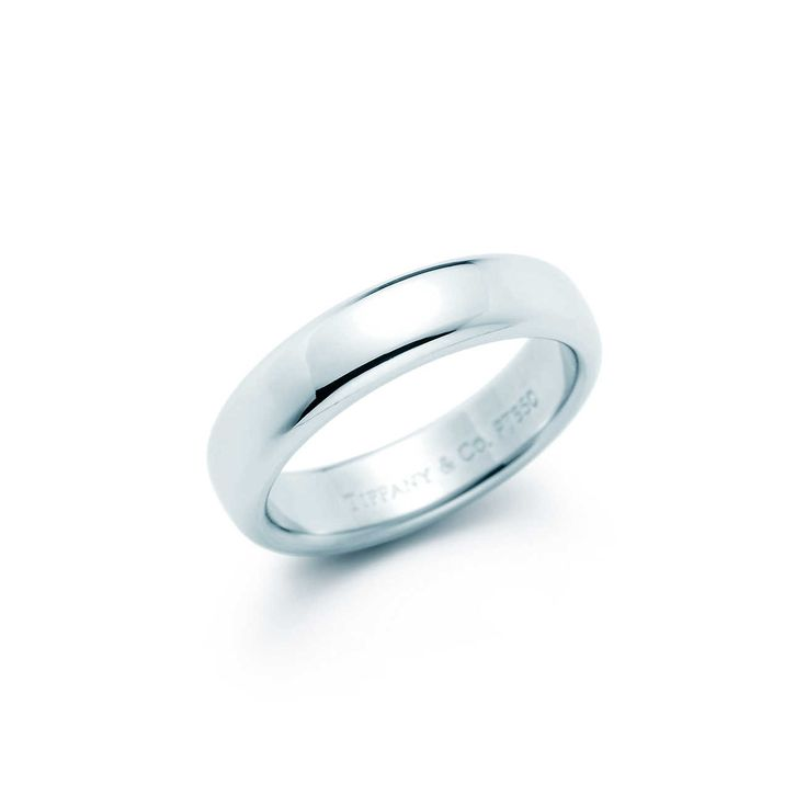 Aliança de casamento Lucida® em platina, largura de 4,5 mm.