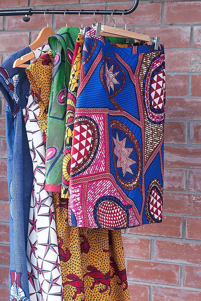 Горшочек все варит и варит, то есть я всё шью и шью:) Вот еще несколько платьев и юбок. Мне нравятся эти яркие летние принты, простые фасоны и приятная ткань, в ней…
