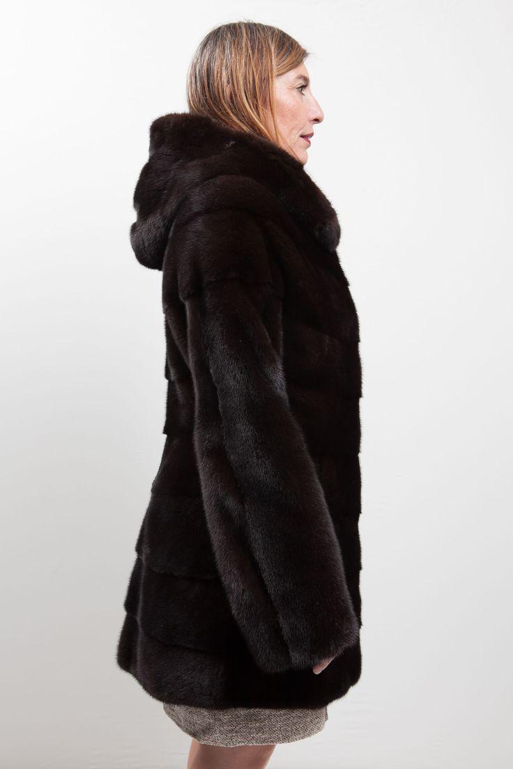 les 25 meilleures id es concernant manteaux de vison sur. Black Bedroom Furniture Sets. Home Design Ideas