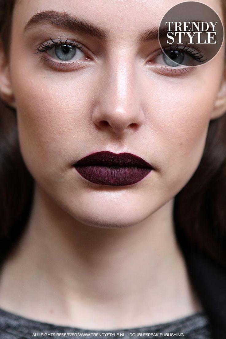 donkere-lippenstift-winter-2015-2016-01