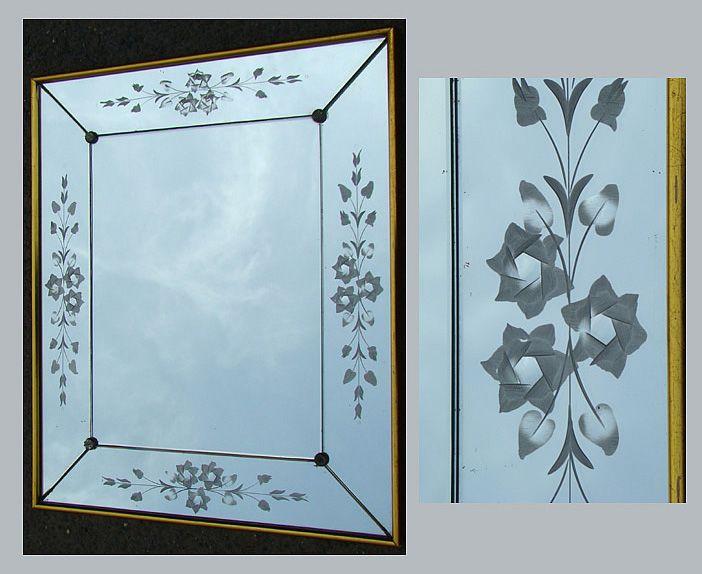 Murano miroir a decor grave de fleurs miroirs for Miroir art deco