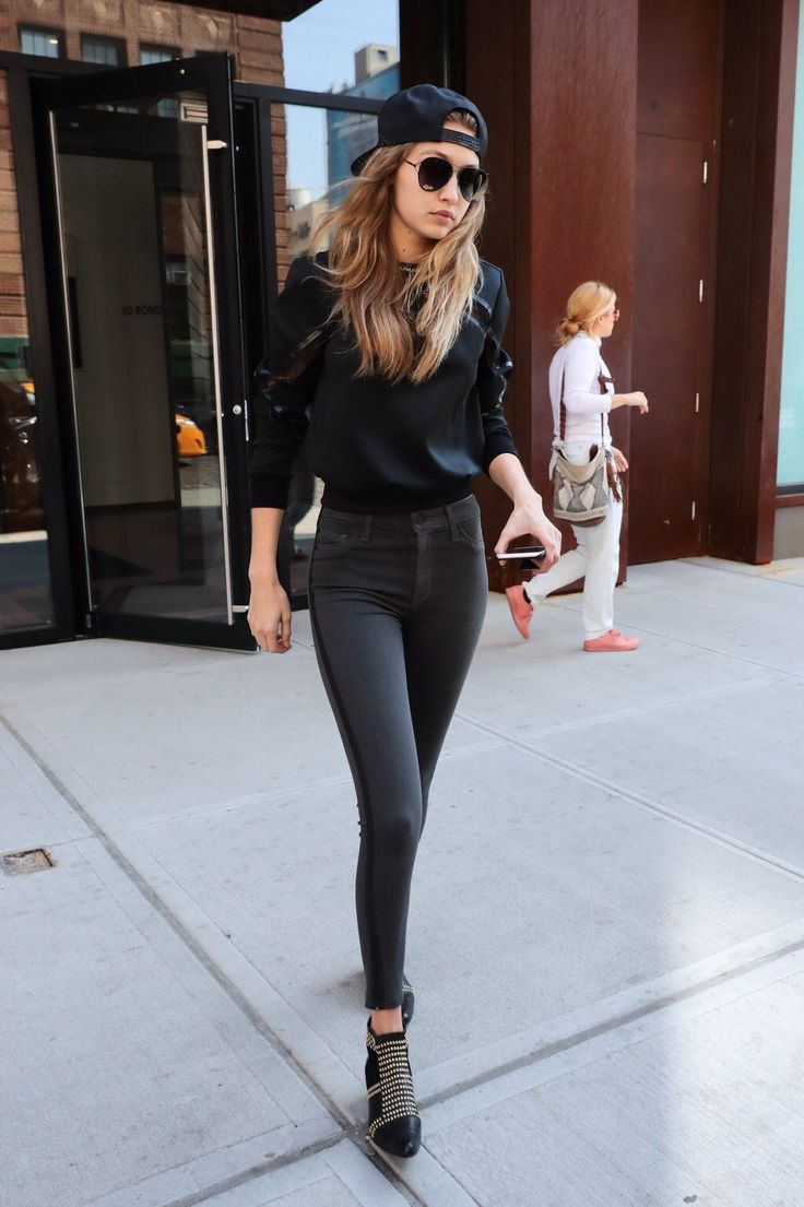 "Gigi Hadid News on Twitter: ""Gigi out and about in New York, May 23rd"