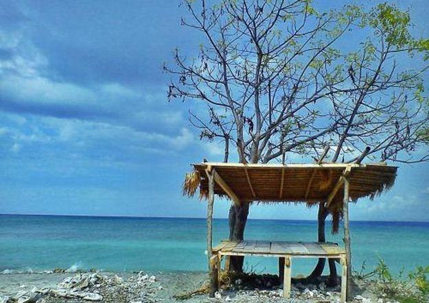 lokasi pantai sira atau pantai sire