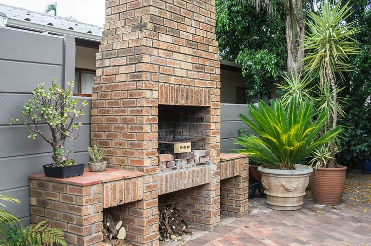 Built-in brick braai found at this Northern Paarl home.