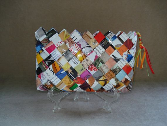 Wallet / Small purse made of hand woven recycled fashion magazine paper