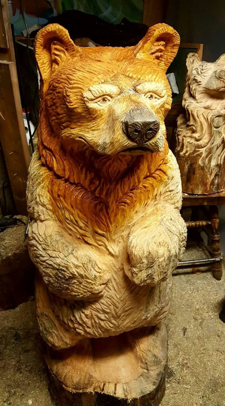 Best chainsaw bears images on pinterest tree carving