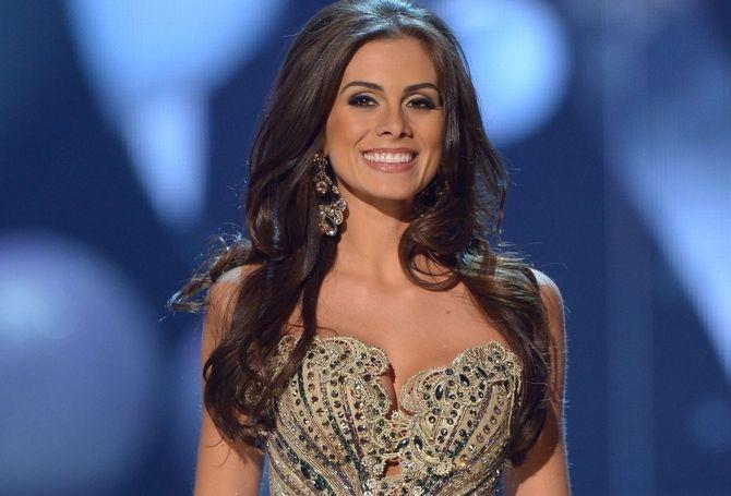 Gabriela Markus - Miss Rio Grande do Sul - Miss Brasil 2012  http://www.papodeblogueiro.com/wp-content/uploads/2012/12/Gabriela-Markus-miss-universo-2012-4.jpg