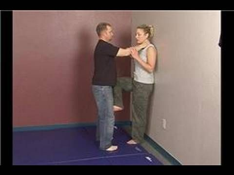 Women's Self Defense Against Frontal Attacks : Self Defense Against Two Hand Chokes