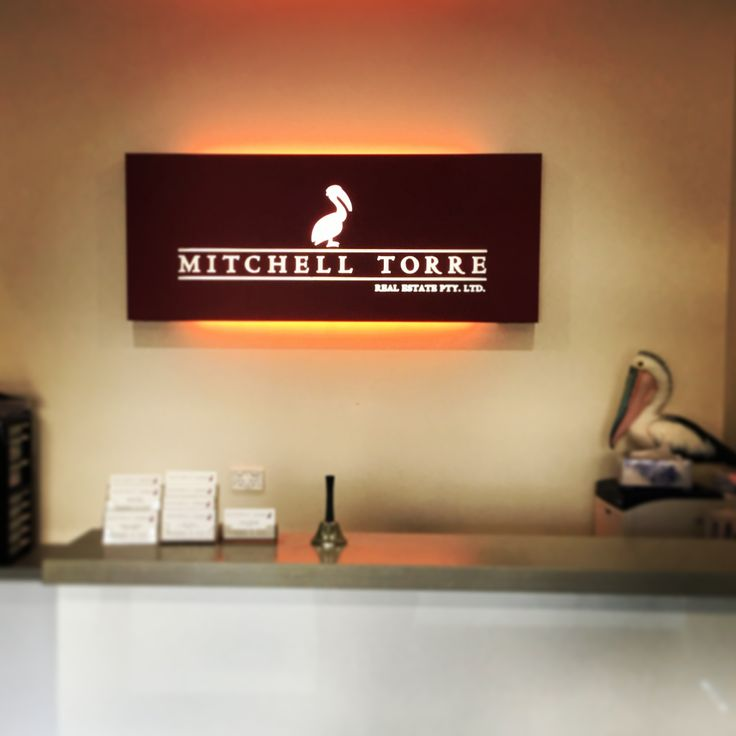 Getting that separation of LED light is definetly an art. #officesigns #ledsigns #3dsigns #officebranding #realestatesigns #illuminated