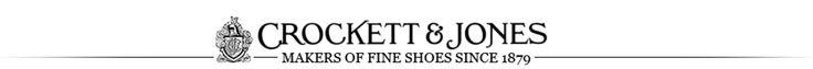 Sempre tive em mente ter um slipper clássico, mas nunca encontrava o modelo dos meus sonhos. Veludo, iniciais bordadas em alto-relevo… Bem de reizinho, sabe? Era assim que queria!Finalmente conheci aCrockett & Jones e encomendei o meu…A loja é super tradicional, fui na da Burlington Arcade. Os slippers são na verdade uma releitura dos chinelos …