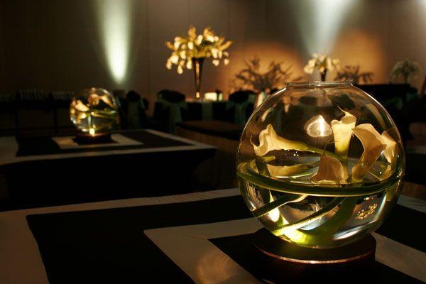 round vase wedding