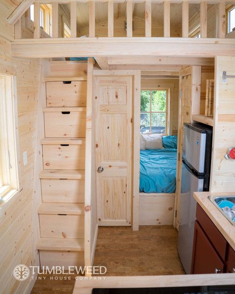 die besten 25 tumbleweed tiny house ideen auf pinterest bodentreppe kleines haus treppe und. Black Bedroom Furniture Sets. Home Design Ideas
