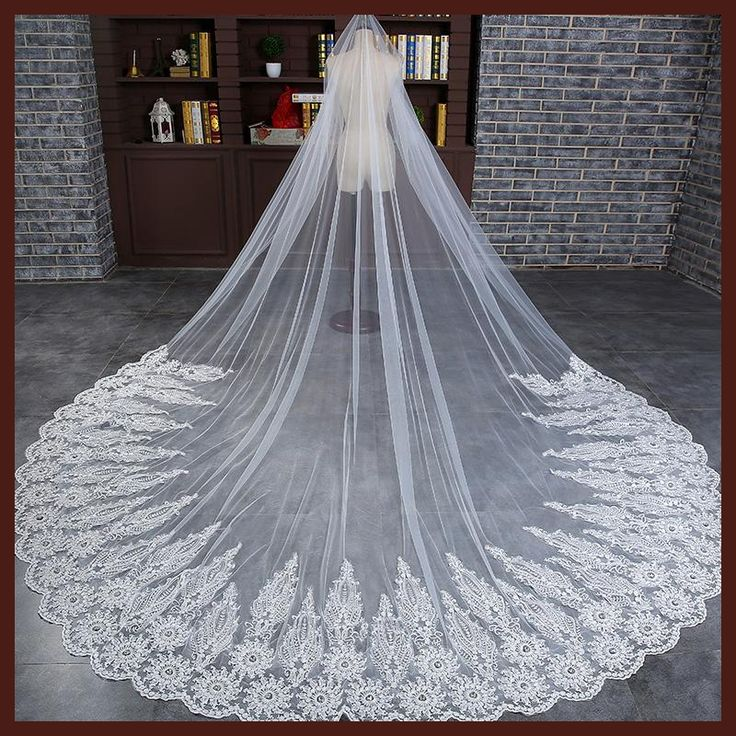 3 Meter White Cathedral Wedding Veils Long Lace Edge Bridal Veil with Comb Ivory Wedding Accessories Bride Mantilla Wedding Veil