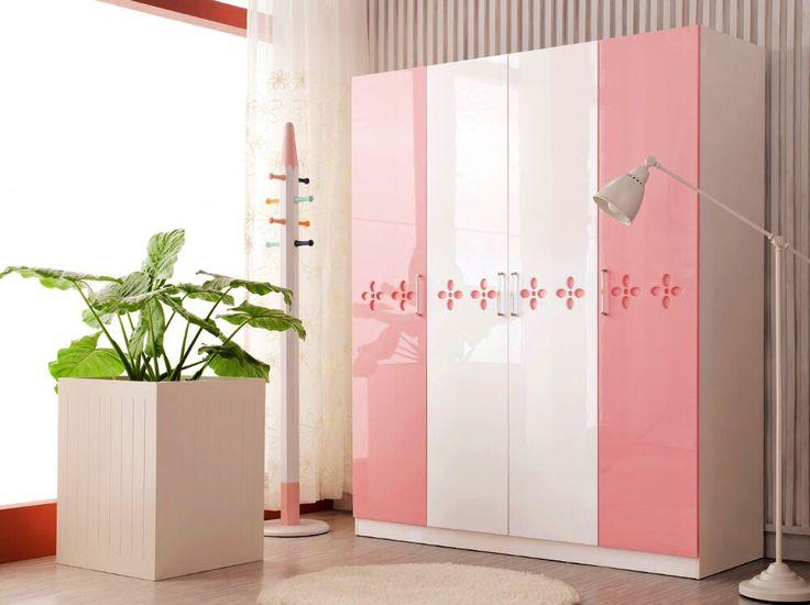 Babypink pink rózsaszín babarózsaszín szekrény fehér magasfényű ruha