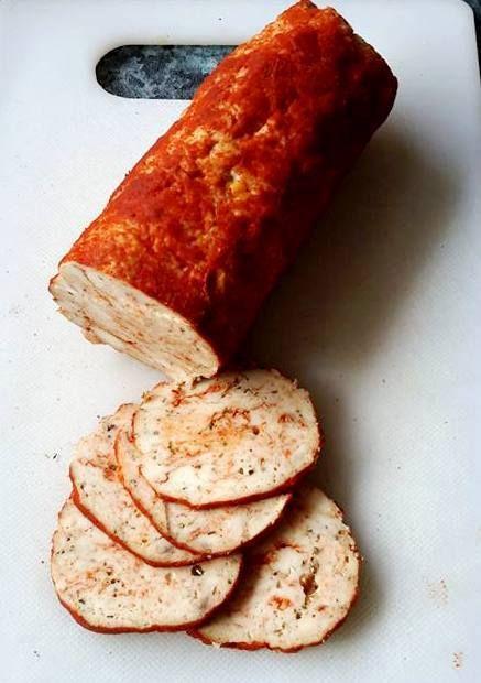 Ti Küldtétek Recept Adalékanyagmentes házi csirkemell sonka receptek Házi csirkemellsonka Sándor Héditől Házi csirkemell sonka Összetevők: 250 g csirkemell Ízlés szerint só, bors, fokhagyma, erős paprika vagy zöld fűszerek Elkészítés: A csirkemel