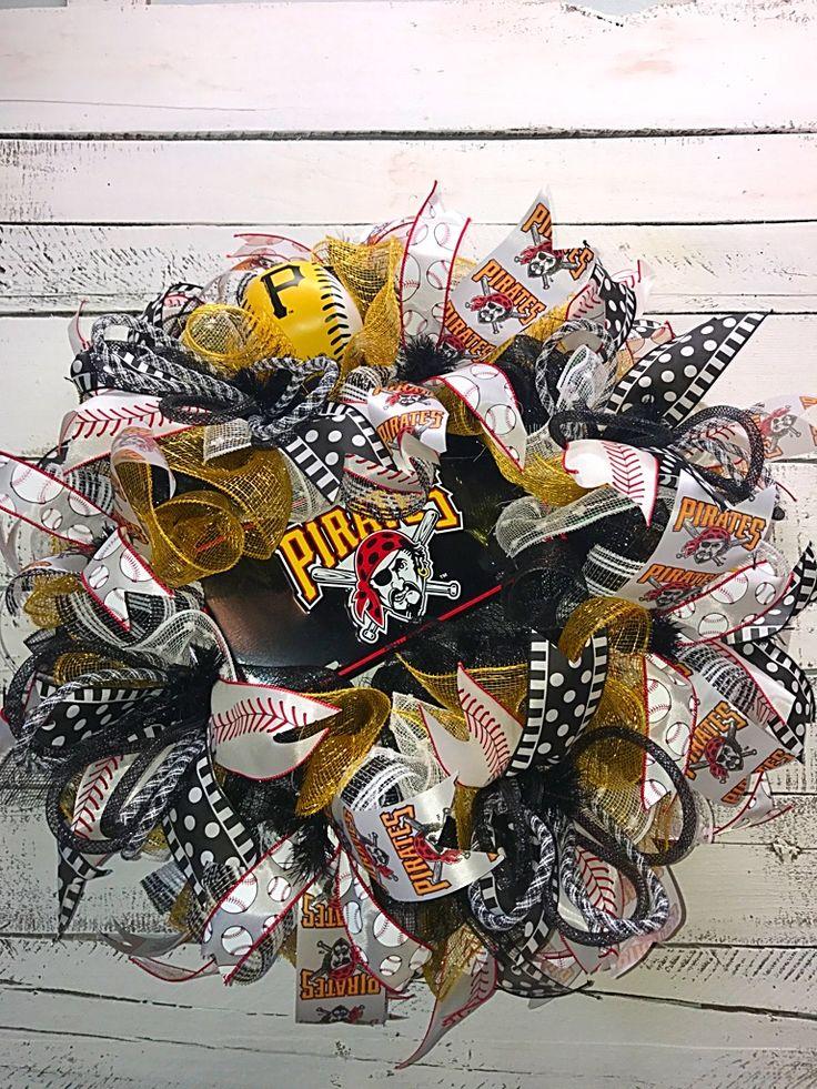 Pittsburgh Pirates Wreath, Pirates Wreath, Pirates Baseball Wreath, Let's Go Bucs! Baseball Wreath, Pirates Baseball Wreath for Front Door, MLB Team Wreath, Baseball Team Wreath, Pirates Decor