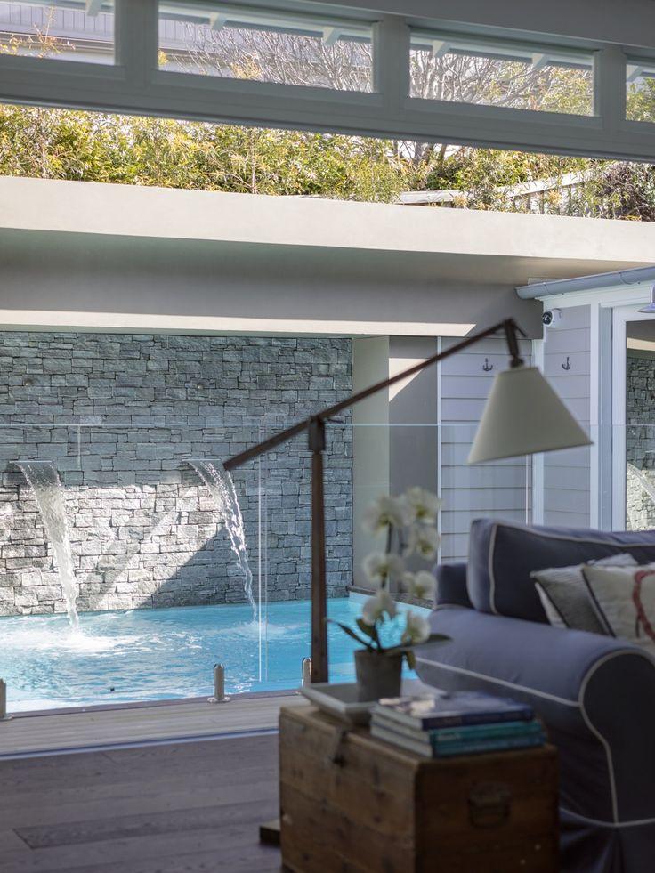 Blue chair. Tamarama Beach House « WALTER BARDA DESIGN