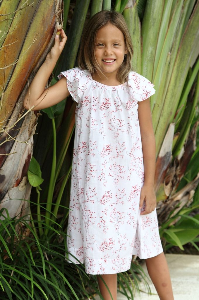 (http://www.notinthemalls.com/products/Blossom-Nightie.html)