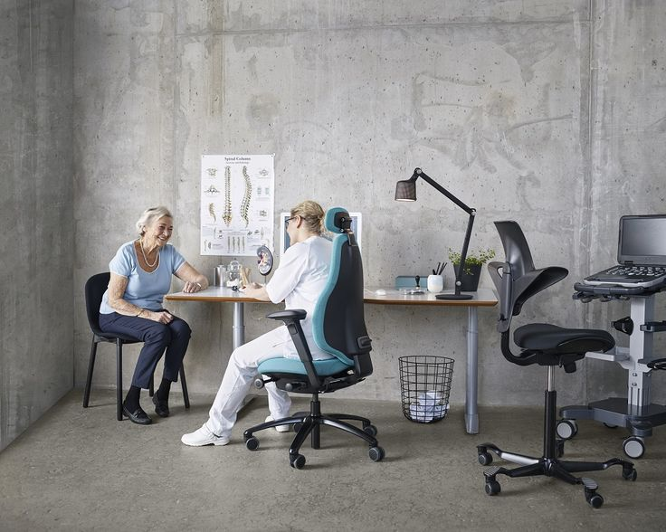 3 Flokk chairs in one doctor's office #Trio #Combo #RH #HAG #RBM #InspireGreatWork #design #Scandinavian #health