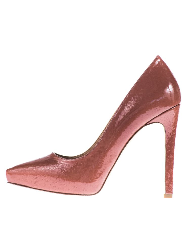 Diva gives you the height you require on a high heel but with the comfort of hidden platforms. 11 cm heel will actually feel like a 9 cm comfortable heel. Perfect tran-seasonal heel Diva will take you from Summer to Autumn. www.mishey.com.au