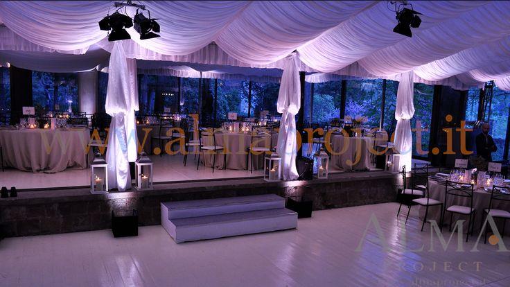 ALMA PROJECT - Vincigliata - Veranda - stage - white uplights - columns -