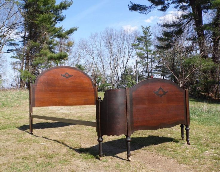 Antique Solid Wood Double Full Bed Headboard & Wrap-Around Curved Footboard…